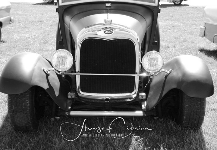 1930 Ford Model A - Annise Cibrian Photography