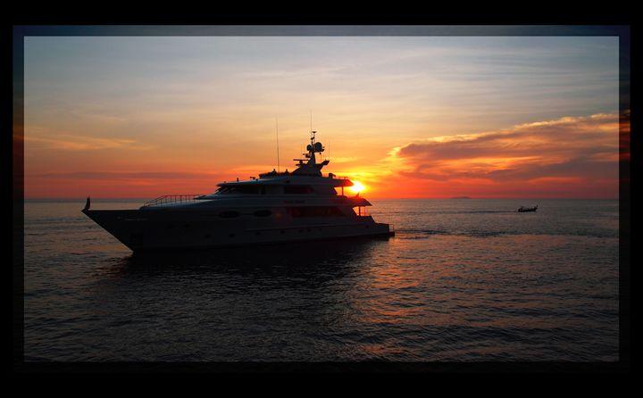 Yacht - Magdalena Ziemak