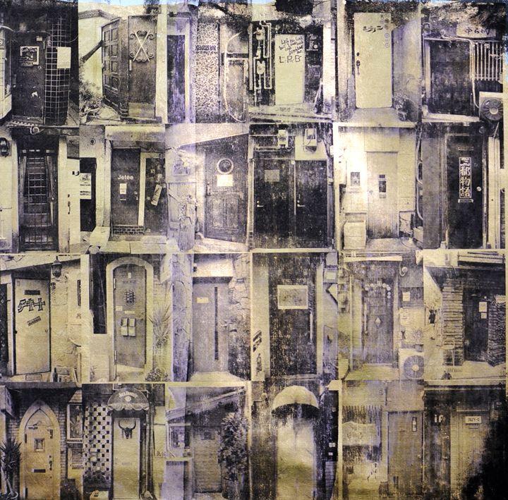 Golden gai doors in Tokyo - Stephane Korb Art