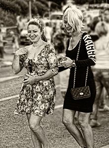 Streetlife-friendship