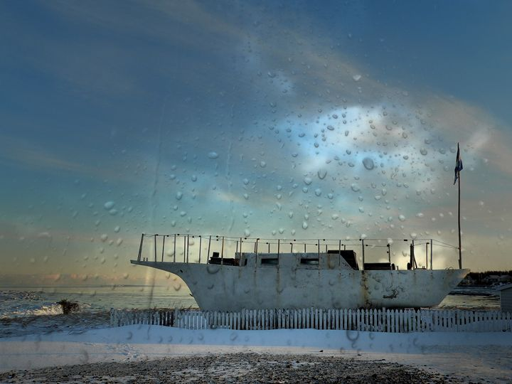 The old boat - imaginart