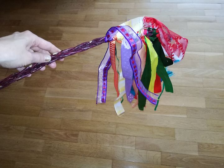 Easter whip with colored ribbons - Danciatko