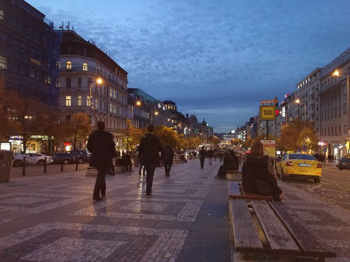 Wenceslas square at night - Danciatko