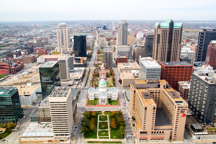 view from Gateway Arch - PhotoStock-Israel