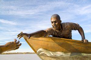 statue of Tom Lee Memphis Tennessee - PhotoStock-Israel