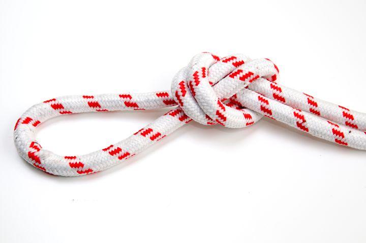 Overhead loop knot - PhotoStock-Israel