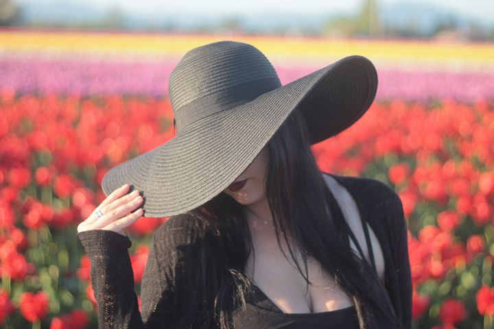 Tulips 3 - Bella Lunacy