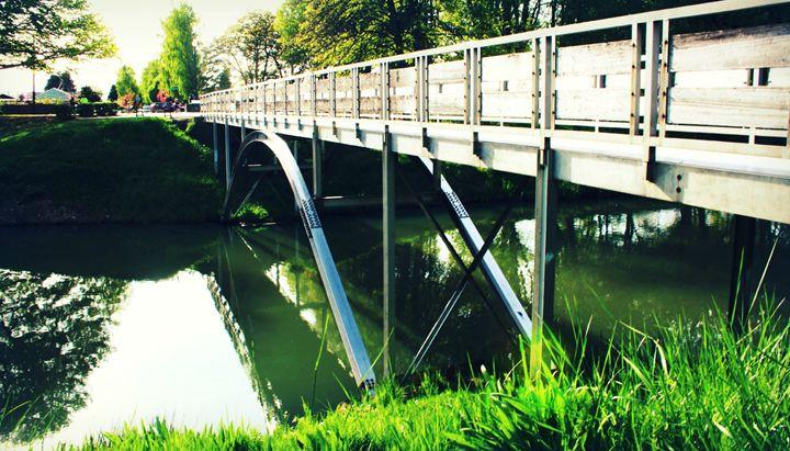 Bridge - Crazyville & Fantasyland