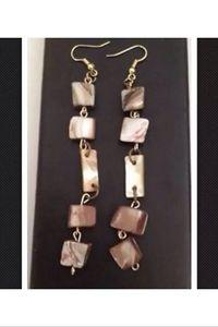 5 stone shell pierced earrings