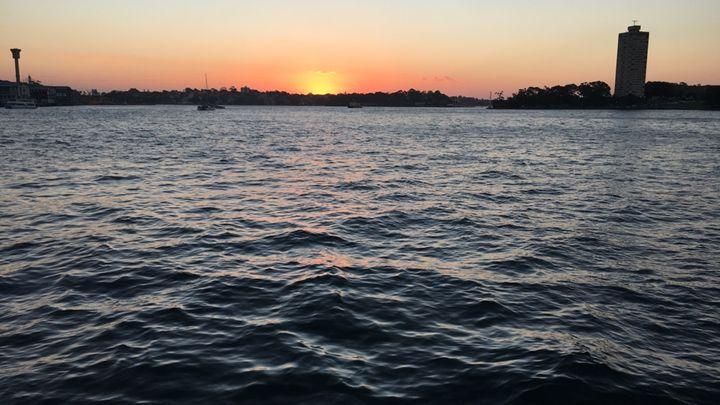Sunset Waters - Suzan Baran