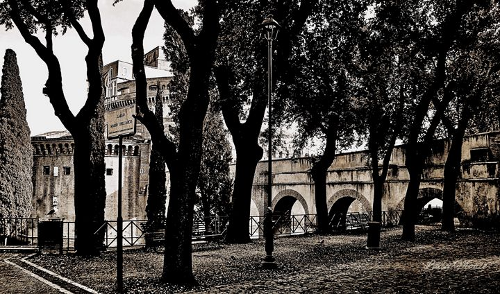 VATICAN GROUNDS - ROME - Lady Marie