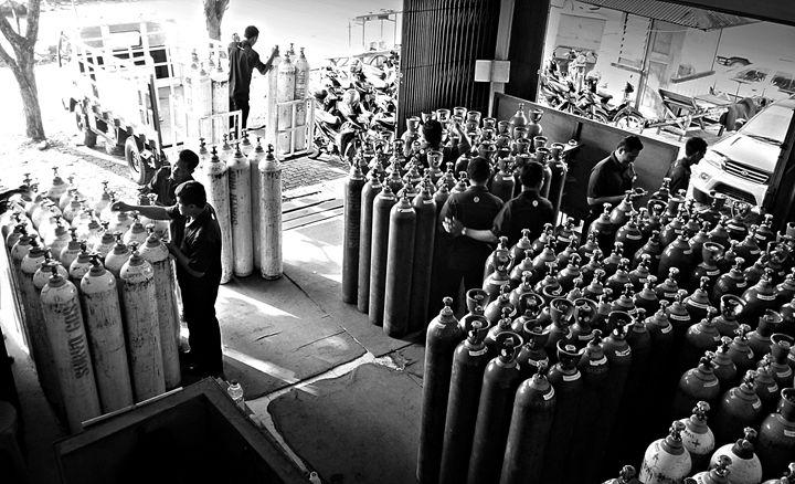 Industrial Gas bottles store - tupaiterbang