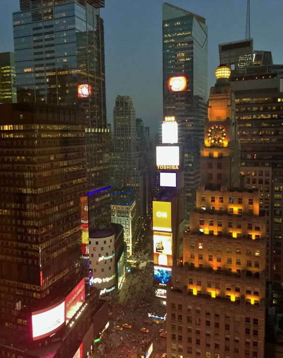 34TH FLOOR NY CITY TIME SQUARE - SK8N