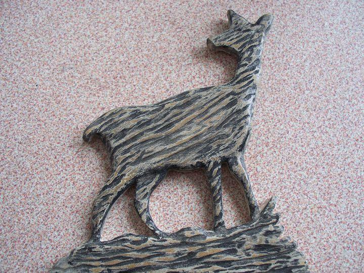 Wood Carved Deer - Kenneth's Art Gallery