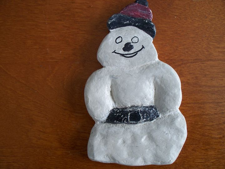 A Carved Snowman - Kenneth's Art Gallery