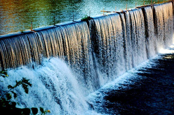 Damn Waterfall - Tazio Yandell