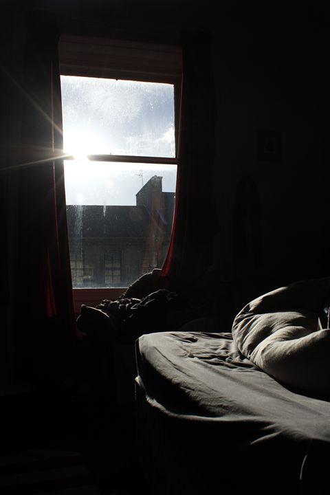 Bedroom with window - Eréndira Hernández