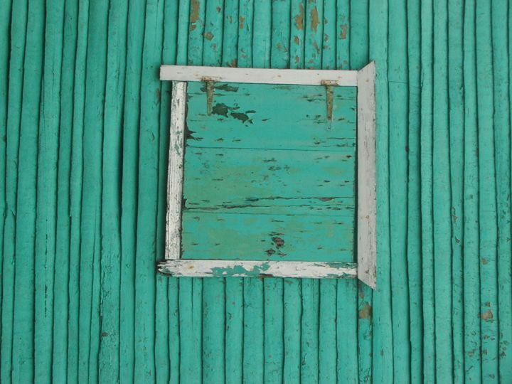 Green and wood - Nine