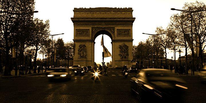 Arc de Triomphe - Elite Image Photography