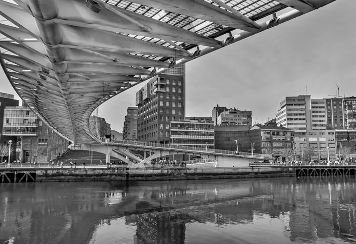 Zubizuri bridge. Bilbao - Photo