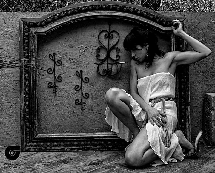 Forsaken in Time ~ She Waits - Bohipster Bazaar