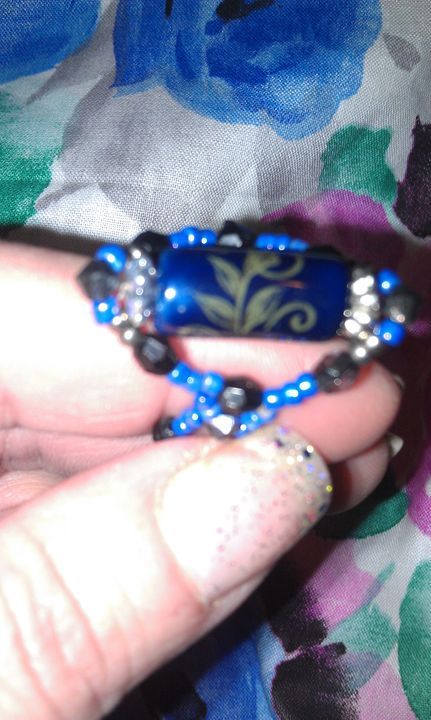 blue and black beaded ring - DNK Beading