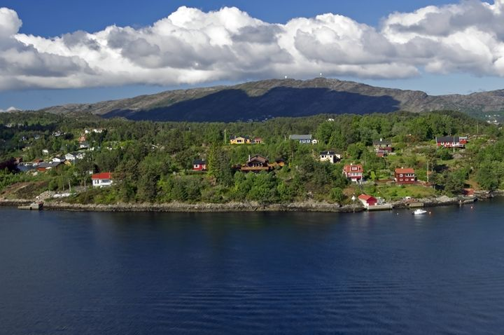 Edge of the Fjord - Pluffys portfolio