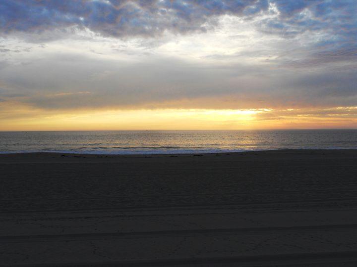 Sunset in Malibu - Markell Smith Gallery