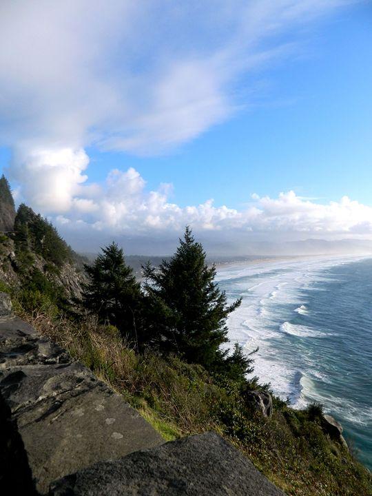 The Coast in Oregon - Markell Smith Gallery