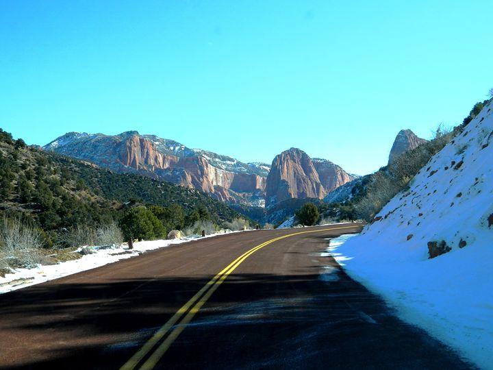 Road to Kolob Canyon - Markell Smith Gallery