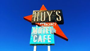 Roy's Motel & Cafe