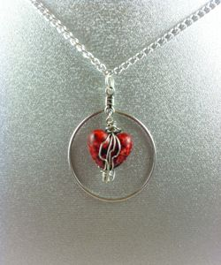 Sexy Heart Wire Necklace