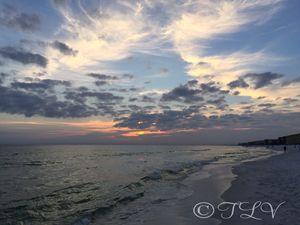 Fainting Sun On The Sea