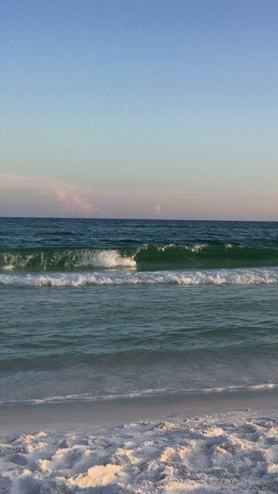 Green Wave - TLV Treasures