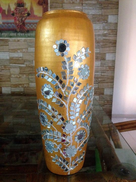 Mirror Bliss - Decorative Pots