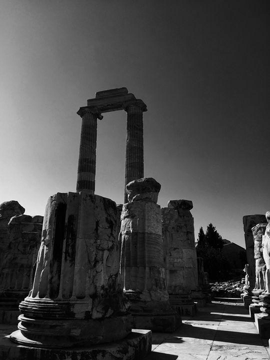 The Temple of Apollo - Rif Maria photography