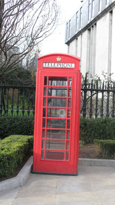 Telephone, St. Paul's - Lynn Murphy