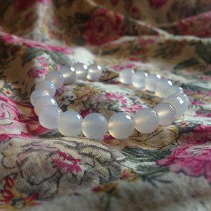 Translucent white agate bracelet