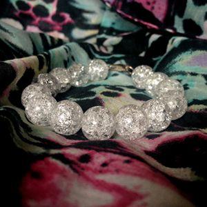 Cracked quartz bracelet