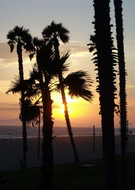 Santa Monica Beach 3 - David K. Myers Watercolor/ Photo Gallery