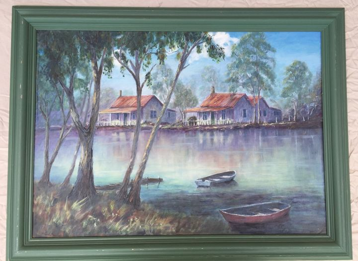 Living Lakeside - Dorothy Hollings