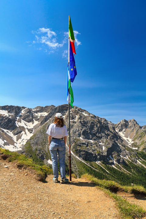 Dolomiti - hiker on panoramic point - Antonio-S