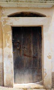19 Door