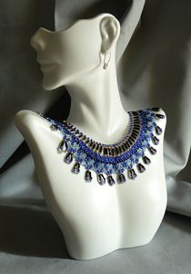 Blues Collar