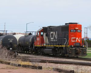 CN leaving the yard