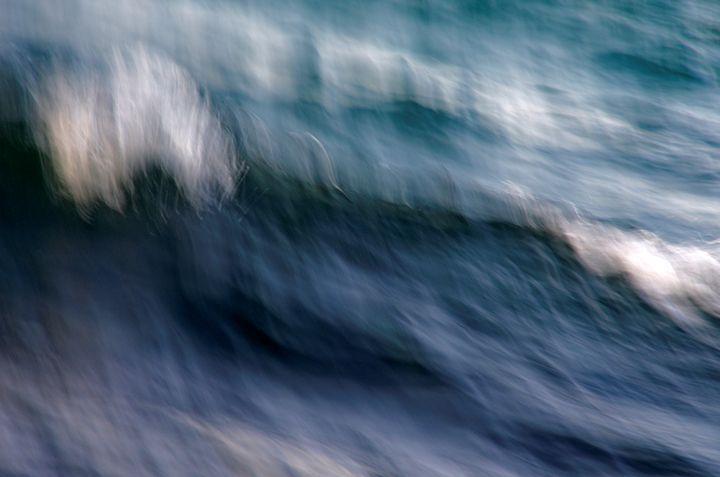 Abstract Sea Waves - Lothar B. Piltz