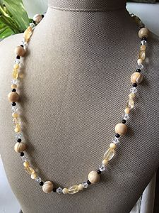 Elegant cream and black necklace