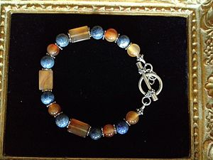 Blueberries and honey bracelet