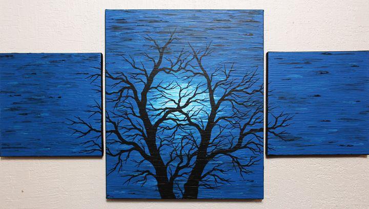 Silhouette of dark tree - Jonathan Pradillon