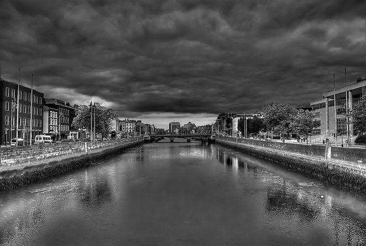 A View Down the River Liffey - JS Photo
